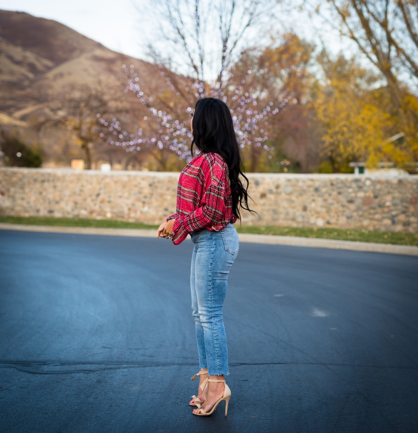red plaid blouse H&M slim ankle high jeans mom jeans and tony bianco kiely heel skin phoenix bow sandals