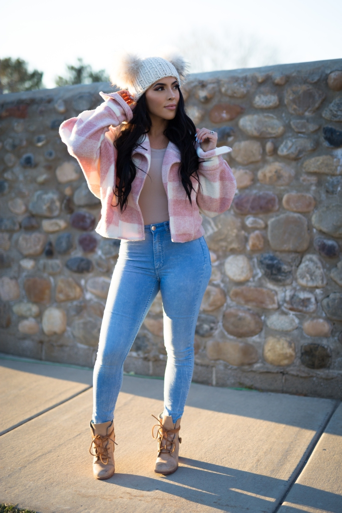 Winter pink plaid outfit ideas